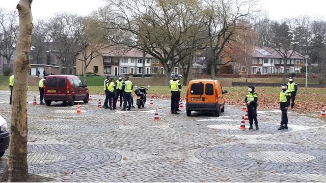 17 bekeuringen bij verkeerscontroles in Halsteren en Bergen op Zoom