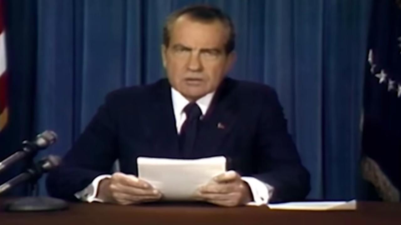 Nixon praat over mislukte maanlanding in overtuigende deepfake