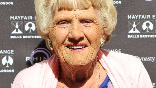 The Only Way is Essex-actrice Nanny Pat (80) overleden