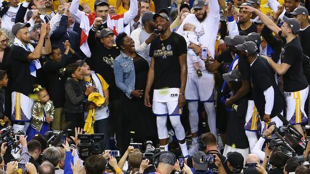 Golden State Warriors wint NBA-titel voor tweede keer in drie jaar