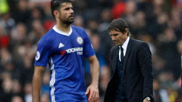 Chelsea-trainer Conte kan alleen maar lachen om interview Costa
