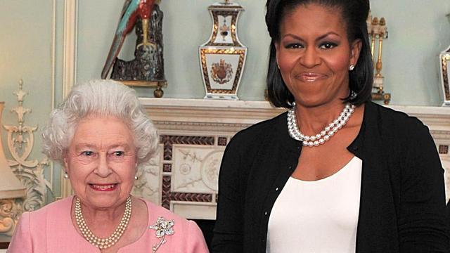 Michelle Obama: Koningin Elizabeth noemde protocollen 'onzin'
