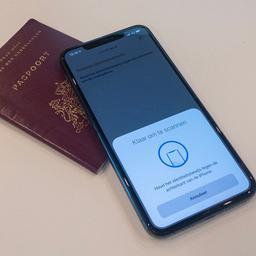 DigiD-app op iPhone kan voortaan paspoorten controleren via NFC-lezer