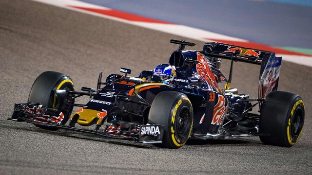 Verstappen klokt vierde tijd in tweede vrije training in Bahrein