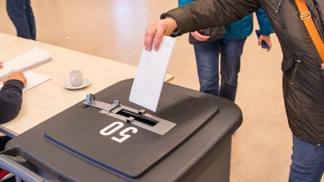 Gemeenteraadsverkiezingen in volle gang, opkomst Groningen 31,5 procent