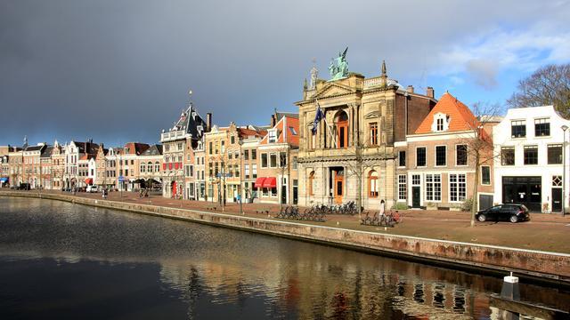 Bedrijfsleven uit zorgen over inkrimpen Haarlems Dagblad