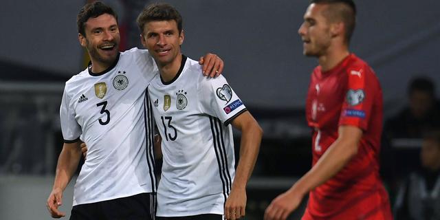 Müller leidt Duitsland naar overtuigende zege op Tsjechië