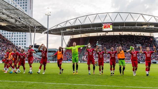 Ten Hag deelt groot compliment uit aan FC Utrecht na fraaie zege
