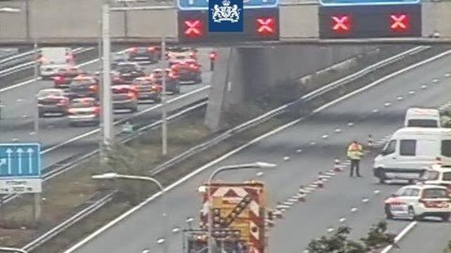 Vrouw overleden bij botsing voor Leidsche Rijntunnel