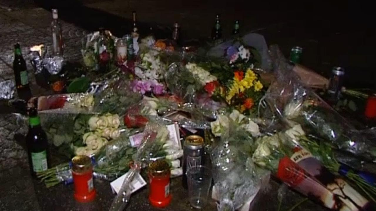 Bloemen op plek waar 25-jarige Justin werd doodgeschoten
