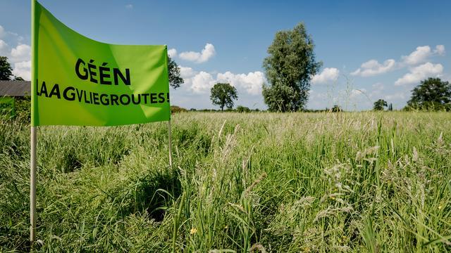Actiegroepen: Stel opening Lelystad Airport uit tot herindeling luchtruim