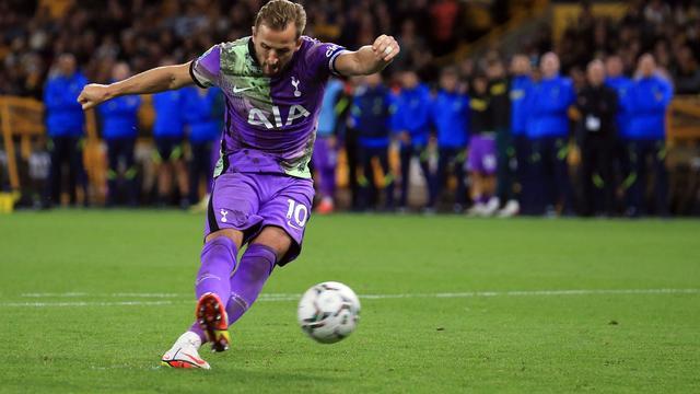 Harry Kane en Tottenham Hotspur waren na strafschoppen te sterk voor Wolverhampton.