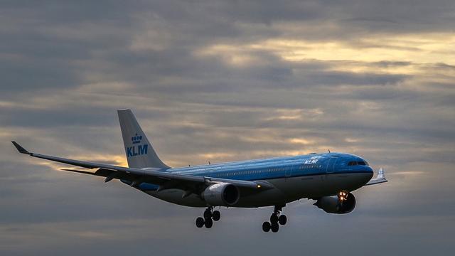 Veel vluchten op Schiphol vertraagd door onweer