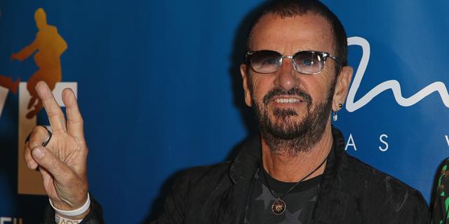 Ex-Beatle Ringo Starr geridderd door Britse koningin