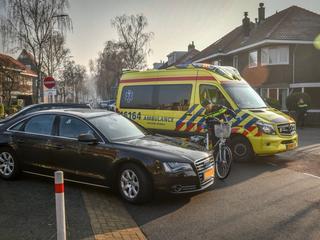 Vrouw naar ziekenhuis vervoerd