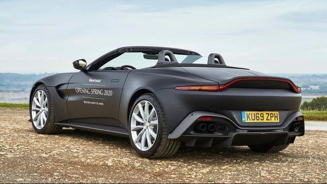 Aston Martin geeft voorproefje van Vantage Roadster