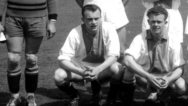 Voormalig voetbal- en basketbalinternational Ouderland overleden
