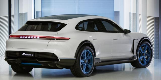 Porsche presenteert elektrische Mission E Cross Turismo