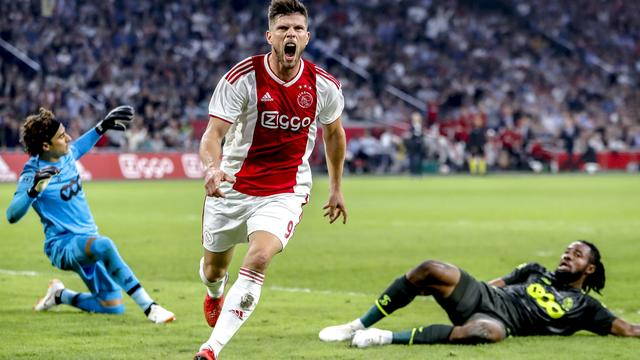 Ajax plaatst zich overtuigend voor play-offs Champions League