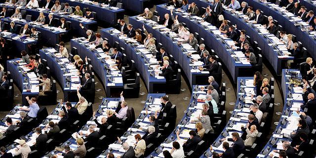 EU-parlement stelt stemming over vrijhandelsverdrag VS uit