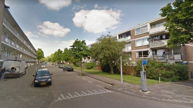 Politie zoekt in Buitenveldert naar straatrover