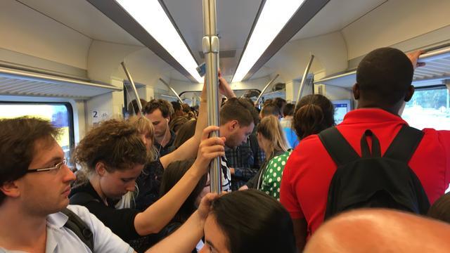 Minder vertraging en iets meer zitplaatsen voor reizigers NS