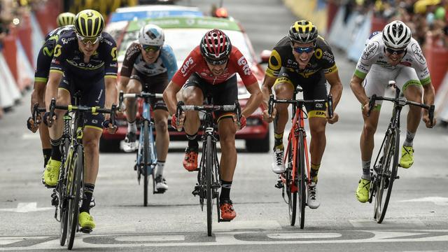 Belgen grijpen ook op nationale feestdag naast eerste ritzege in Tour