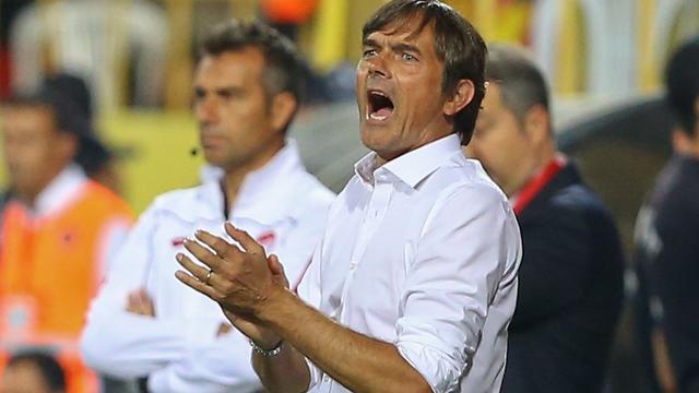 Cocu beseft dat tij snel moet keren na tweede verlies op rij Fenerbahçe