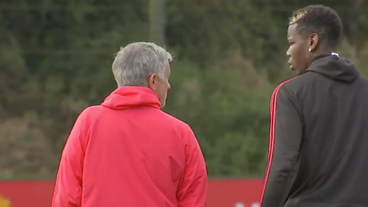 Spanning tussen Mourinho en Pogba tijdens training United