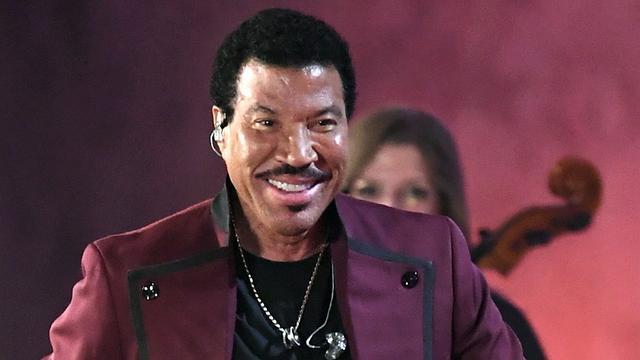 Lionel Richie wil wegens coronacrisis nieuwe We Are The World opnemen