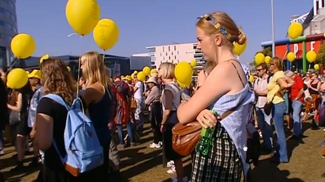 LIVE: Parade van Ieder1 vertrekt vanaf Zuidoost naar Museumplein