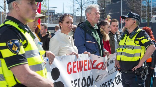 Aangehouden tegendemonstranten Pegida-betoging Den Haag vrijgelaten