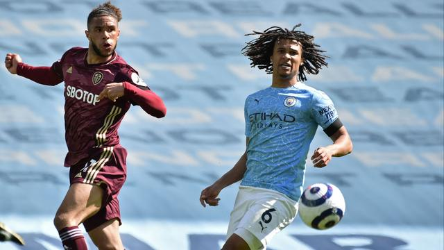 De teruggekeerde Nathan Aké speelde een uur mee bij Manchester City in de wedstrijd tegen Leeds United.