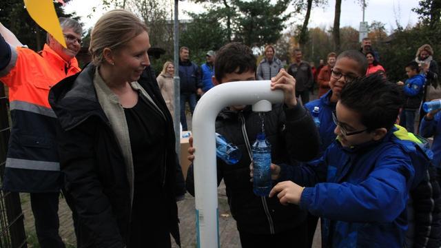 Watertappunt bij kinderboerderij Minnebeek geopend