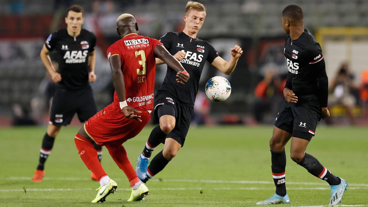 Samenvatting knotsgek duel Royal Antwerp-AZ (1-4)