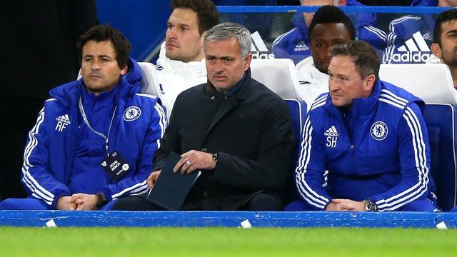 Chelsea blameert zich, ook United en City lijden puntenverlies
