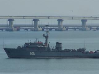 Spanningen liepen op nadat Rusland marineschepen blokkeerde