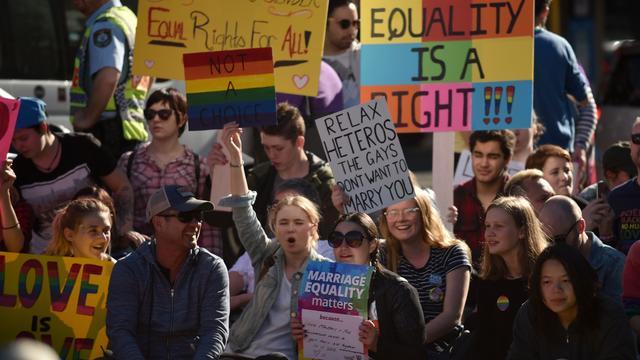 Australiërs gaan de straat op om te pleiten voor homohuwelijk
