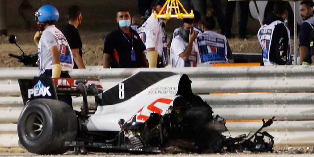 Grosjean met de schrik vrij na vreselijke crash