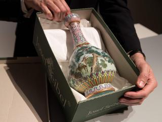 Chinese vaas komt uit de 18e eeuw