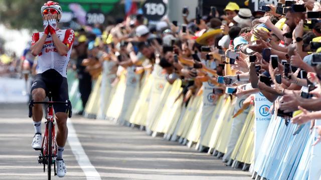 De Gendt prijst 'wonderbenen' na indrukwekkende ritzege in Tour