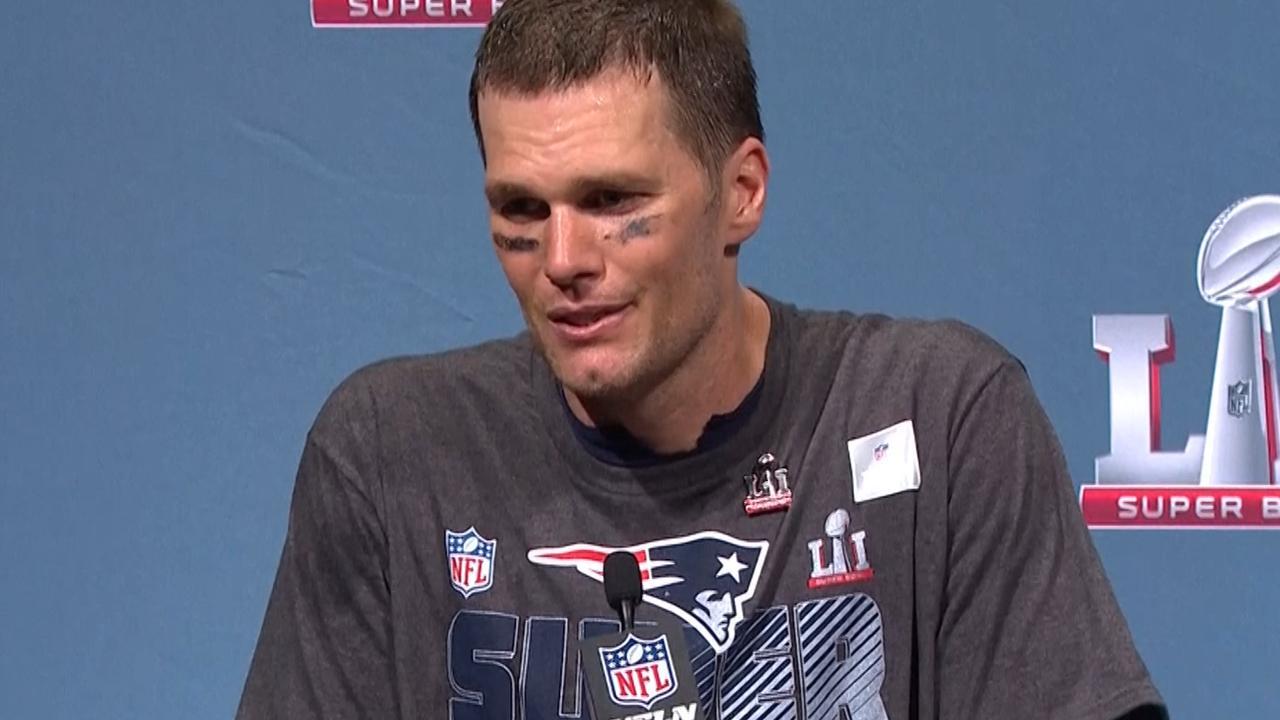 Quarterback Brady roemt mentale kracht teamgenoten na winst Super Bowl