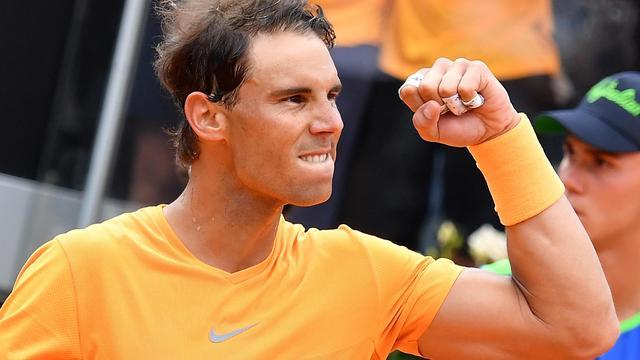 Nadal en Djokovic bereiken eenvoudig derde ronde in Rome