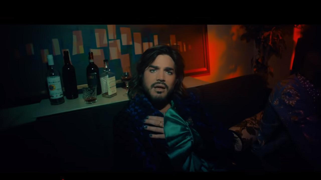 Bekijk de video van Adam Lambert's New Eyes