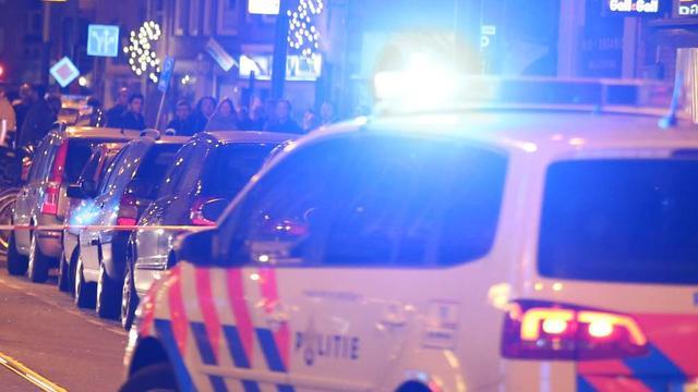 Vijf auto's beschadigd na kettingbotsing kruising in Overvecht