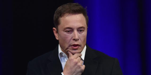 Tesla blijft beursgenoteerd: wat nu?