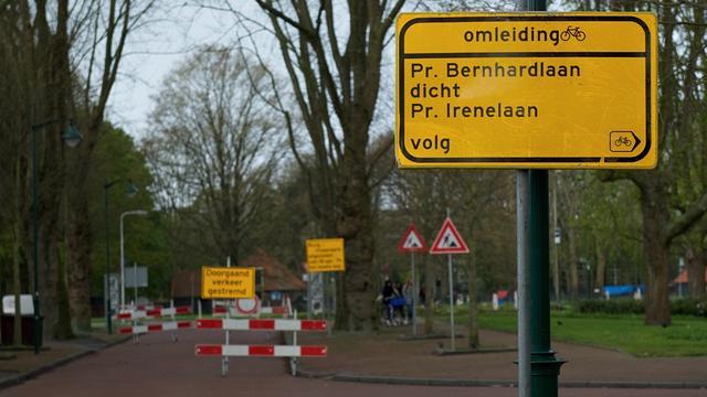 Fietspaden langs de Prins Bernhardlaan afgesloten