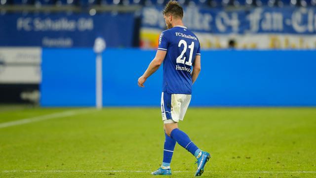 Klaas-Jan Huntelaar heeft nog maar weinig kunnen veranderen aan de benauwde positie van Schalke 04.