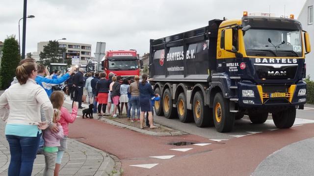 Vijftiende editie Truckersrit in Oud-Vossemeer voor jongeren met beperking