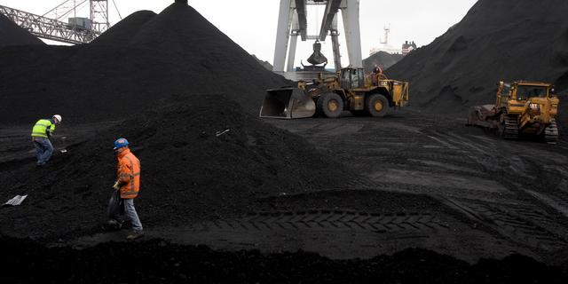 Mijnbouwbedrijf Glencore beperkt kolenproductie vanwege klimaat